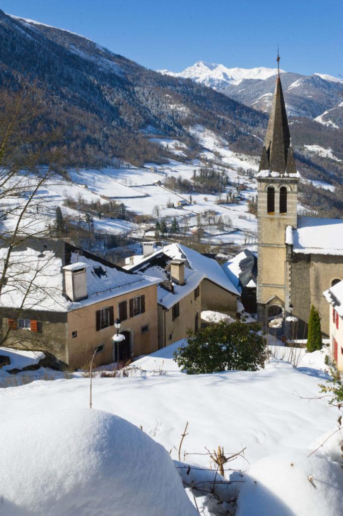 Village Aas Pyrénées